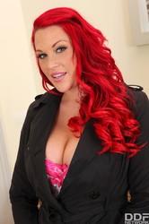 Shione-Cooper-Paige-Delight-David-Perry-Busty-Vixens-Stuffed-Hard-105-pix-40-t6vq8qij5k.jpg