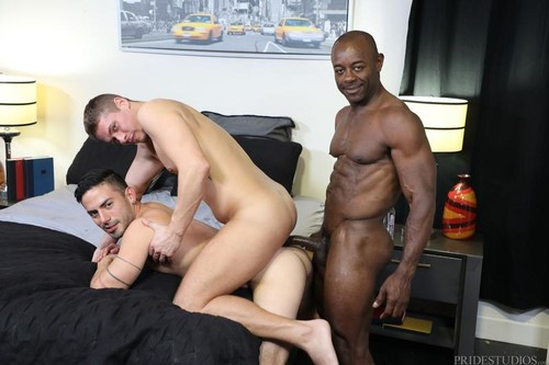 ExtraBigDicks - Double Layered Fun (Cesar Rossi, Aston Springs & Aaron Trainer) Bareback