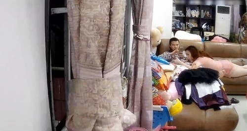 這邊是夫妻日常做爱趴在沙发上玩[avi/394m]圖片的自定義alt信息;548273,729895,wbsl2009,67