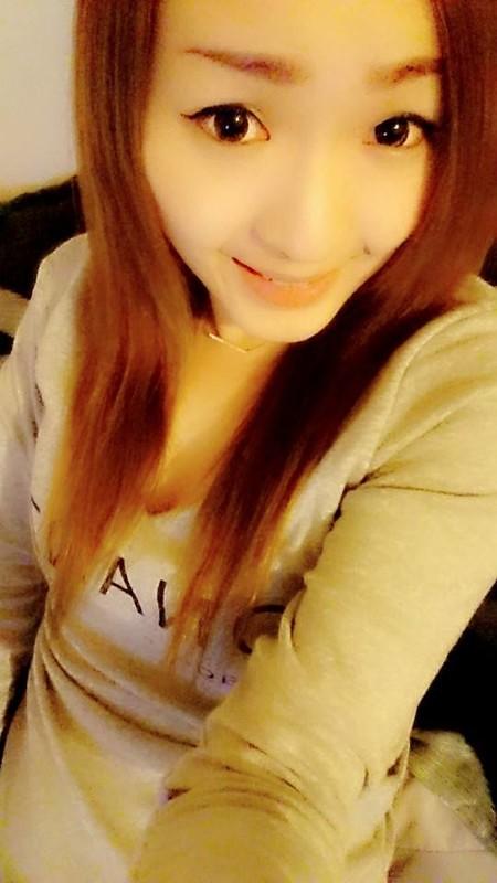 台灣養眼小美女私拍曝光流出!小穴粉嫩叫床聲超好聽!39P+2V