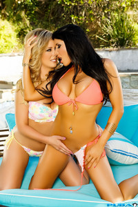 Romi Rain & Cherie Deville - I Like It Rough