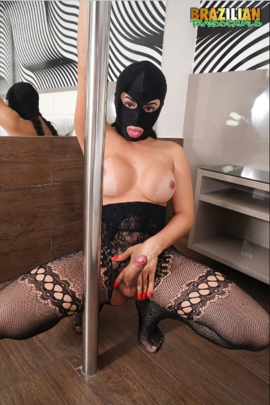Fernanda Marques Fetish (16 May 2019)