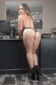 Cali Carter If You Grow It, They Will Cum