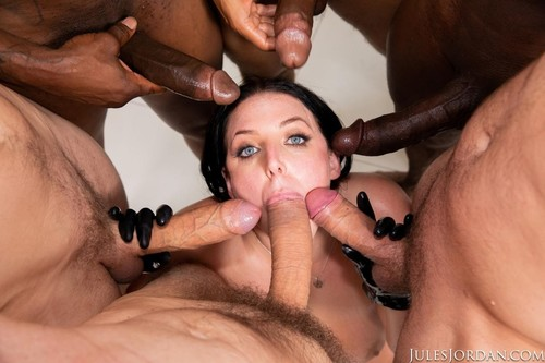 Angela White - Dark Side Her Biggest Gangbang Ever, Double Anal, Triple Penetration! (2019/SD)